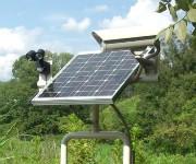 ソーラー充電式監視カメラの画像